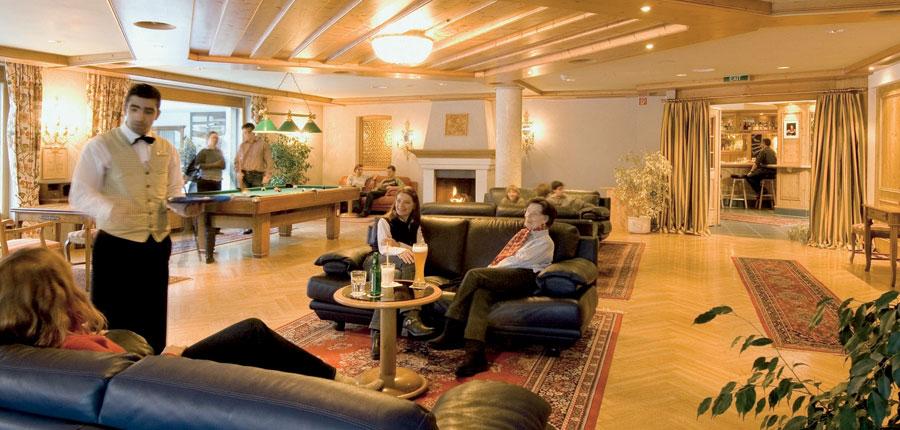 Switzerland_Klosters_Hotel-Silvretta-Park_Lounge.jpg
